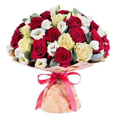 Rožu un lizanšu pušķis