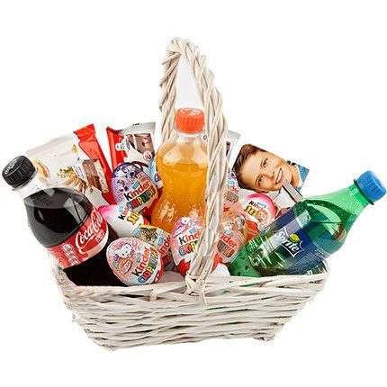 Saldumu un gāzēto dzērienu grozs