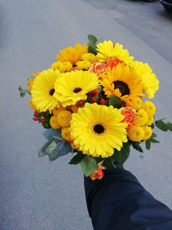 """Ziedu pušķis """"Dzeltenais"""""""