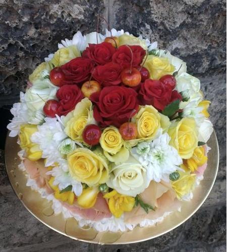 Ziedu torte (nav ēdama)