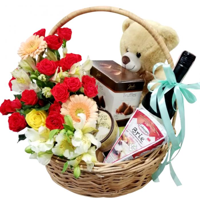 Saldumu grozs ar ziedu pušķi, lācīti un sarkanvīnu 13%